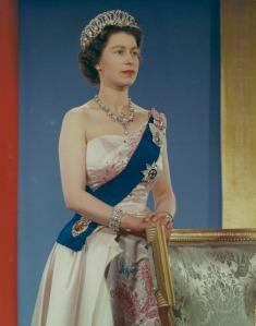 Portrait en couleur de la reine Elizabeth II.
