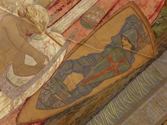 Un segment du tissu illustrant saint George, le saint patron de l'Angleterre, et le dragon.