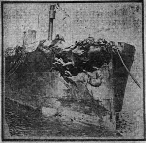 Le Storstad après la collision avec l'Empress of Ireland.