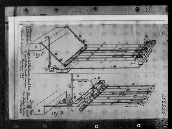 Reproduction en noir et blanc d'un croquis illustrant le mécanisme de refroidissement d'une surface glacée pour jouer au hockey.