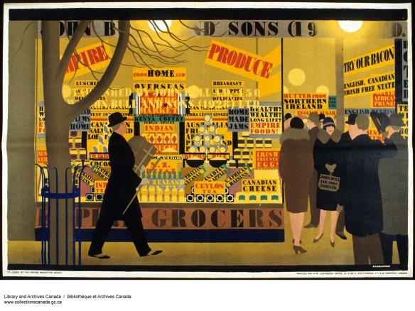 Image en couleur d'un homme marchant devant une épicerie bien éclairée qui fait la promotion des produits de l'Empire. Des hommes et des femmes entrent dans le magasin et en sortent.