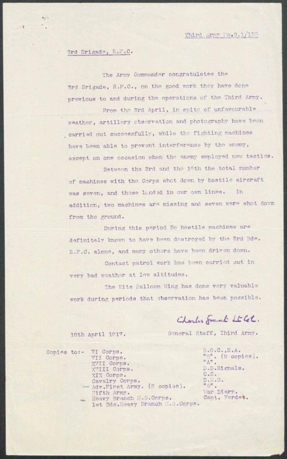 Lettre dactylographiée destinée au Royal Flying Corps et signée par le lieutenant-colonel Grand.