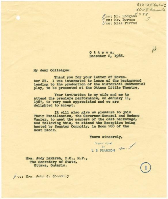 Une lettre dactylographiée et signée par le bureau du premier ministre.