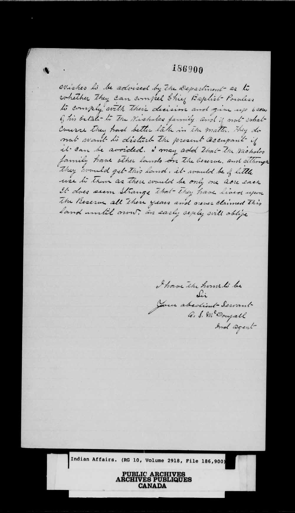 Une deuxième page blanche portant du texte manuscrit noir.