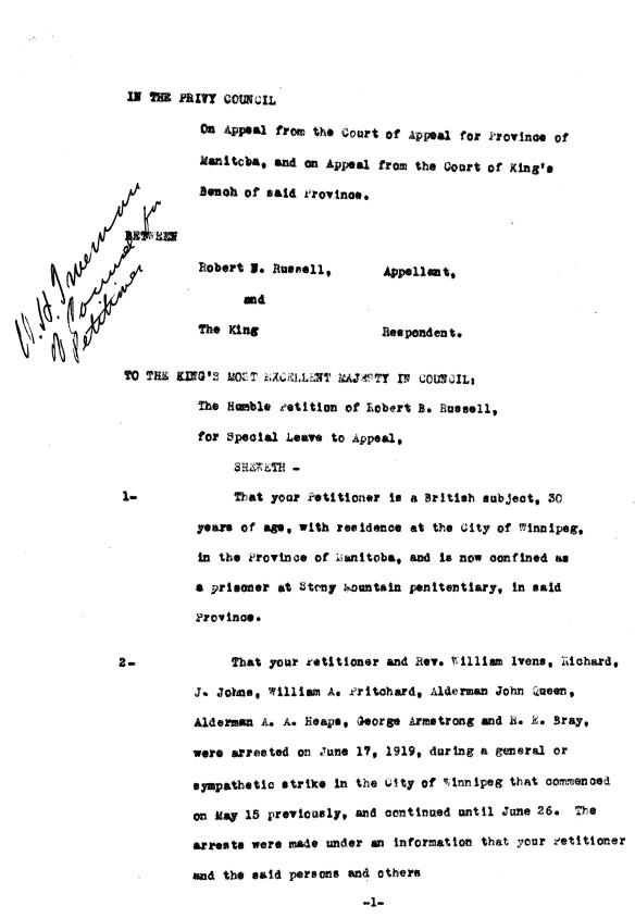 Une page tapuscrite avec une note manuscrite dans la marge gauche, au haut de la page.