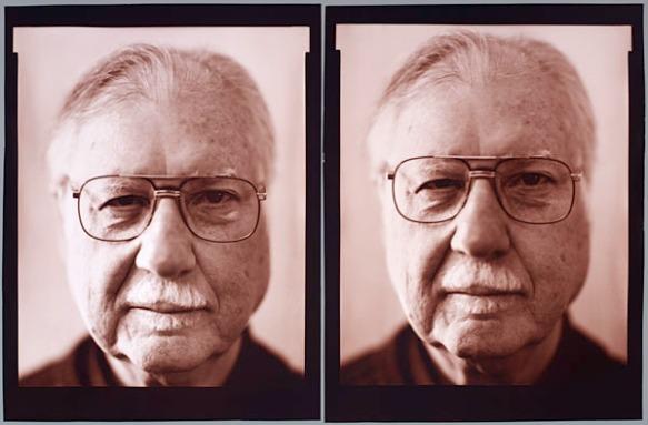 Séquence de deux photographies du visage de l'artiste Dave Heath portant des lunettes.