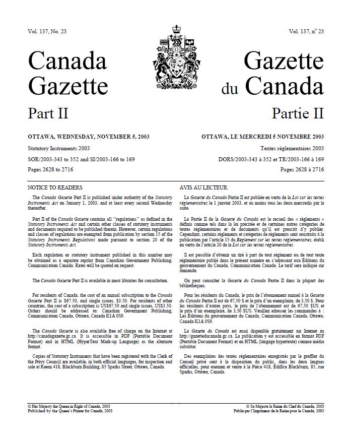 Page de texte dactylographié, en deux colonnes séparées par des armoiries. La colonne de gauche est en anglais; celle de droite est en français.