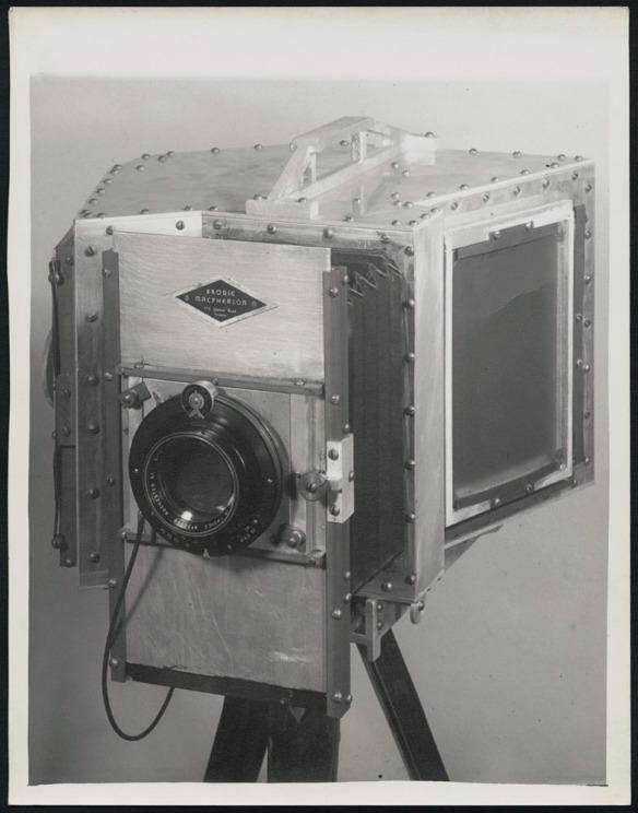 Photo noir et blanc de l'appareil photo de Brodie Macpherson.