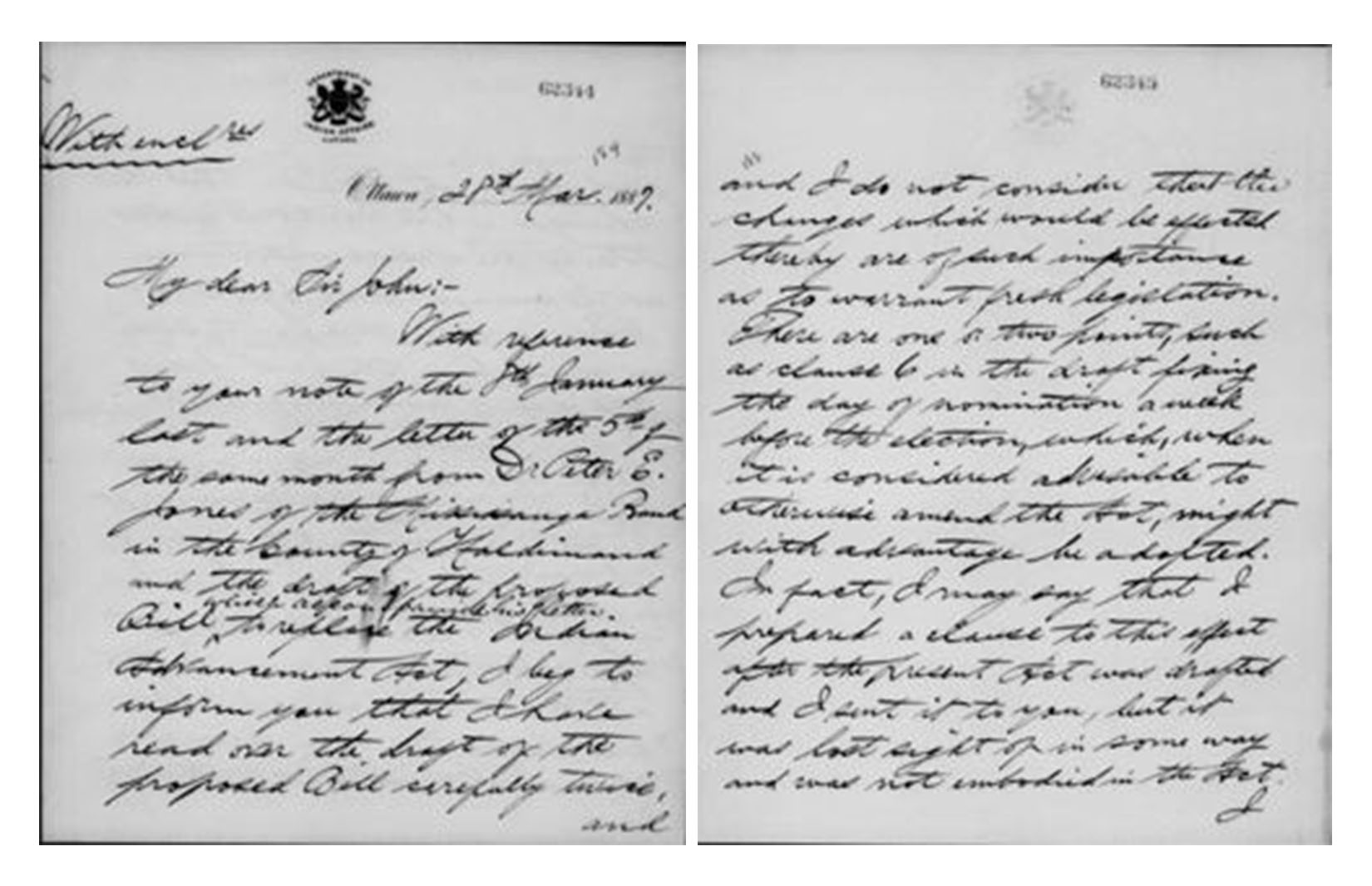 Microfilm noir et blanc montrant deux pages manuscrites, rédigées sur du papier à en-tête du ministère des Affaires indiennes.